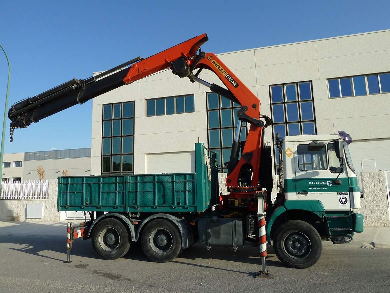 camion grua cabeza tractora con grua pk 40 tn
